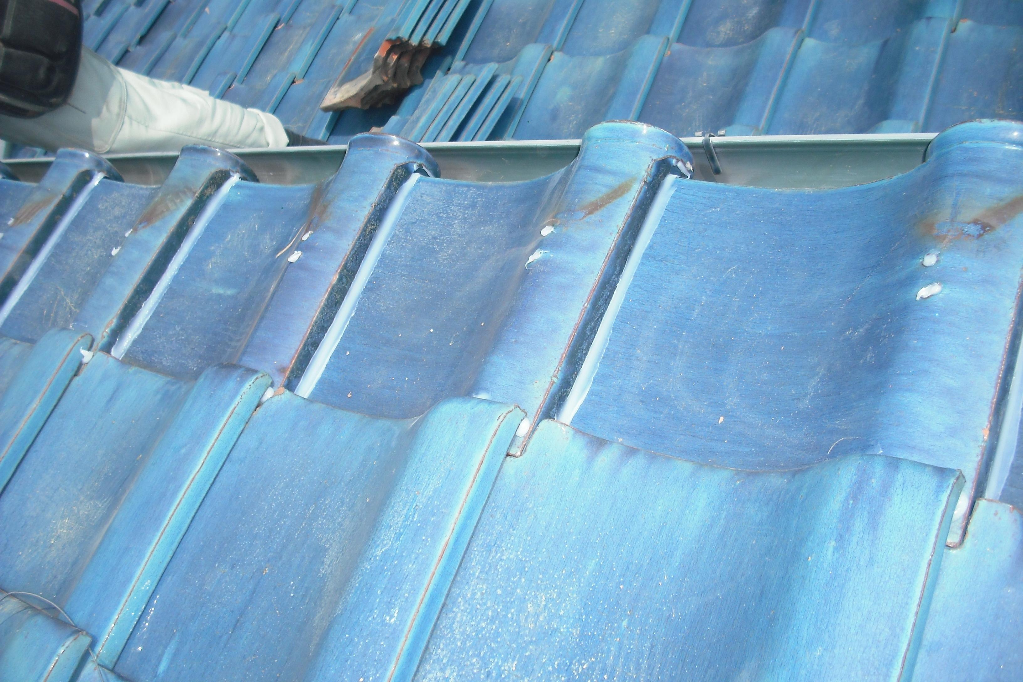 屋根修理 青い瓦 清須